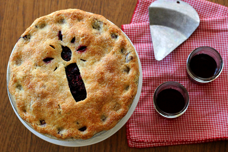 Cherry Berry Pinot Pie with Wine