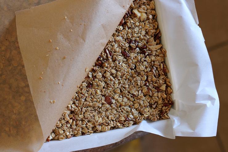 Maple Nut Granola Bars Press