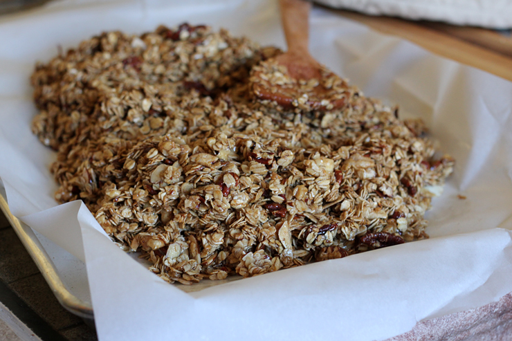 Maple Nut Granola Bars Spread