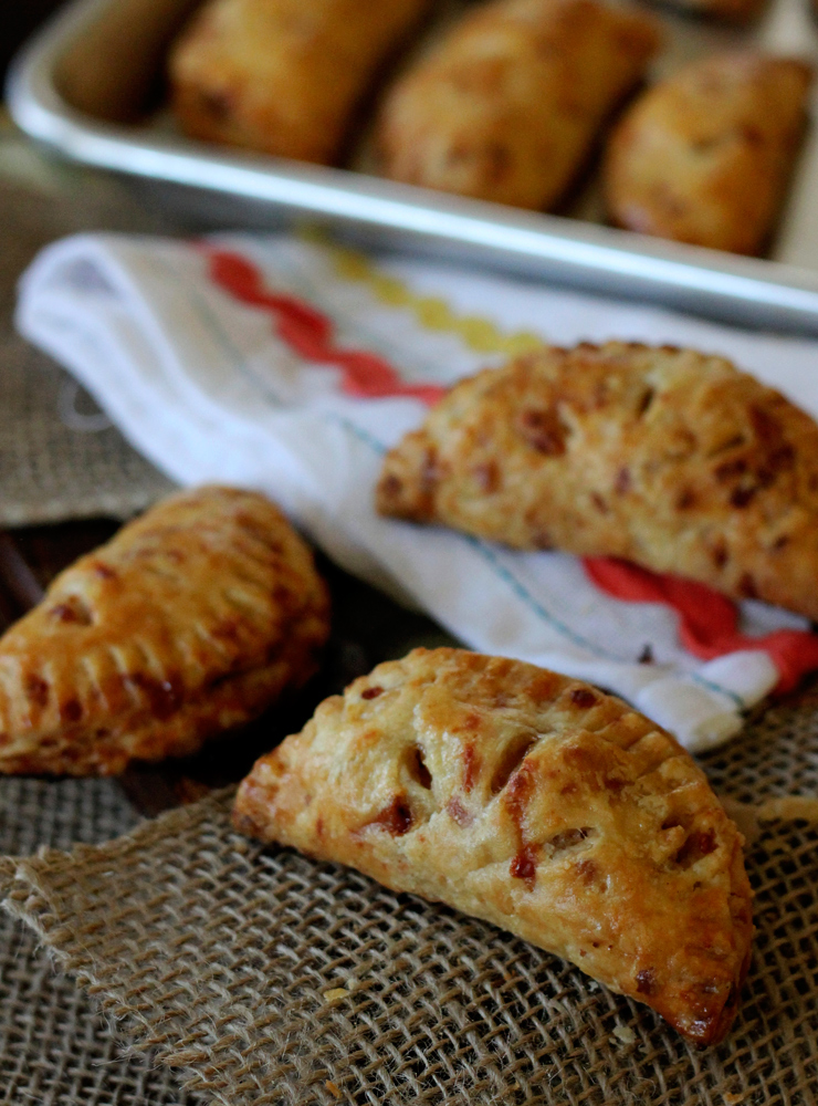 ... Hand Pies - A Recipe For Apple Cheddar Hand Pies - Baking the Goods