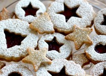 The Queen of Christmas Cookies, A Recipe for Raspberry Pinot Noir Linzer Cookies