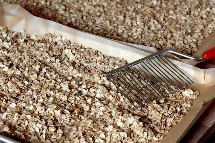gluten free rolled oats toasting