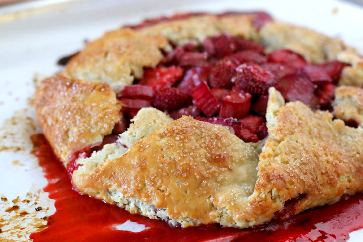 Strawberry Rhubarb Galette Crust