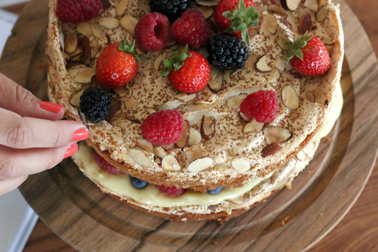 Berry Blitz Torte Decorate