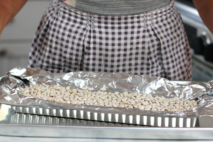 Blind baking beans