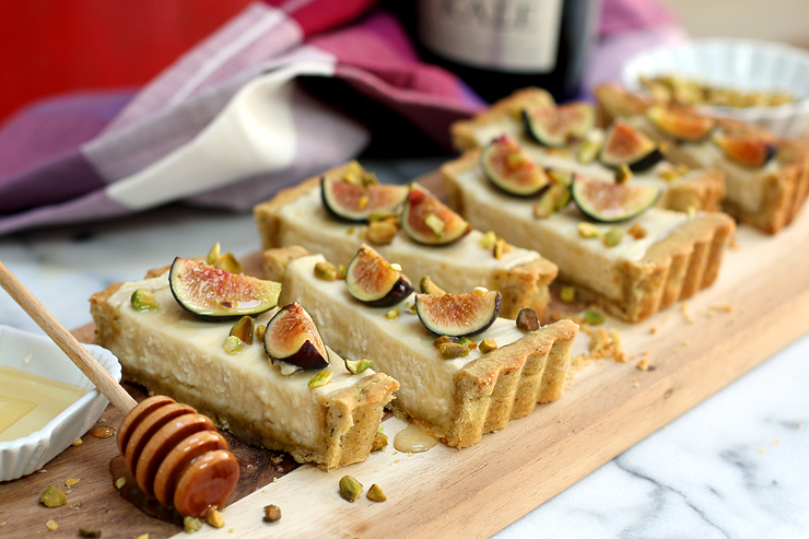 Fig Mascarpone Tart with Pistachio Black Pepper Crust - sliced