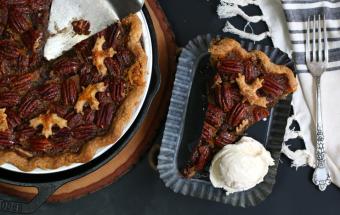 Maple Bourbon Pecan Pie served à la mode.