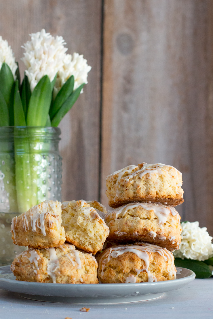 CoconutCreamScones-3