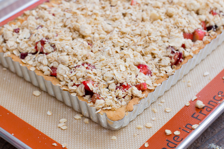 Pre-baked Strawberry Rhubarb & Ginger Crumble Bars