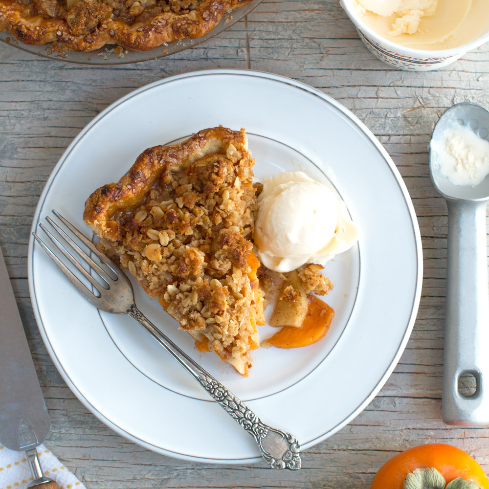 Apple Persimmon Crumble Pie