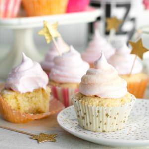 Champagne Meringue Cupcakes