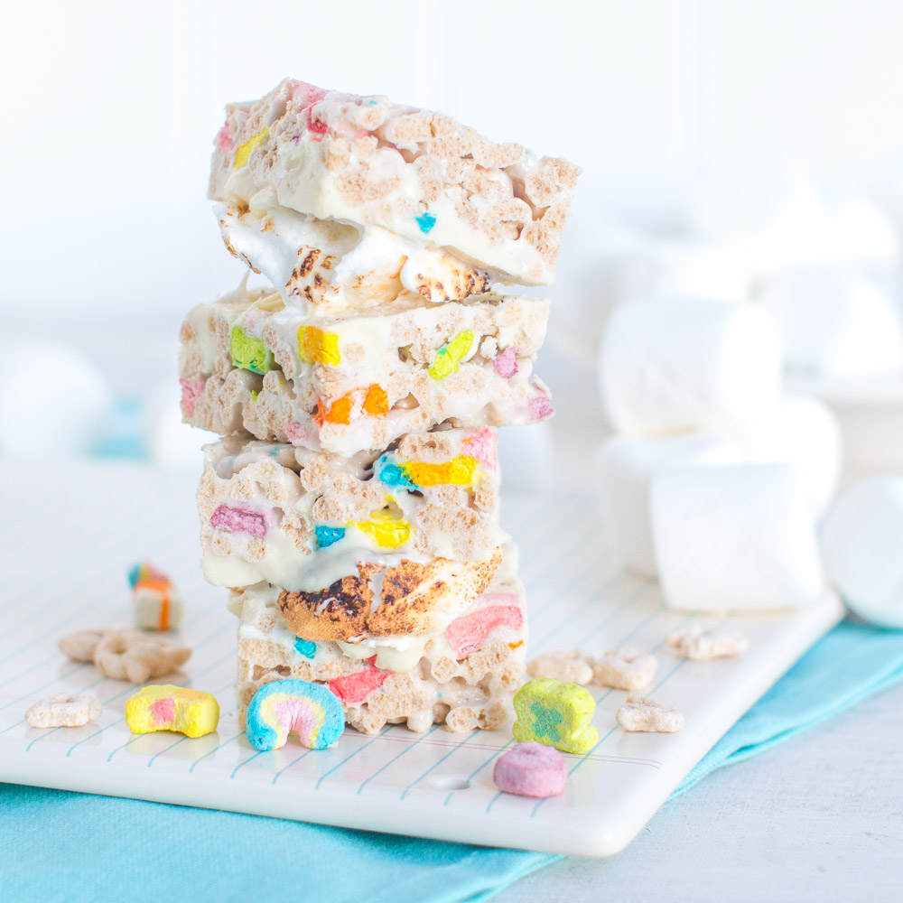 Lucky Charms Treat S'mores.