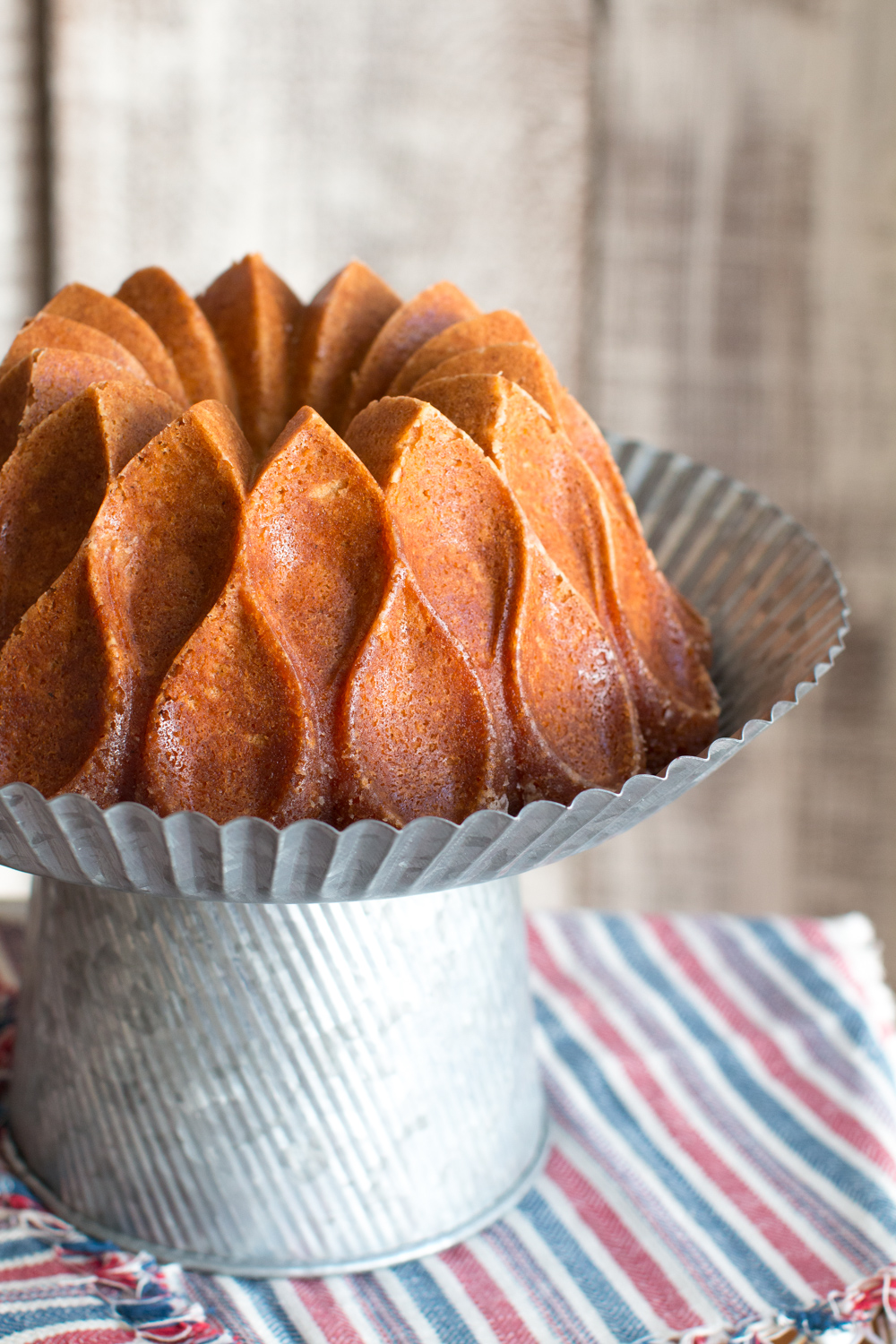 God bless America, that is one beautiful bundt!