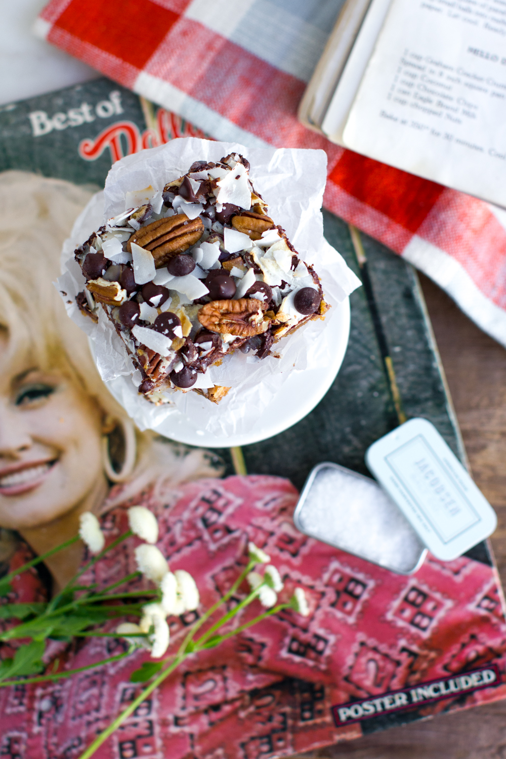 Hello Dolly Cookie Bars & Dolly Parton