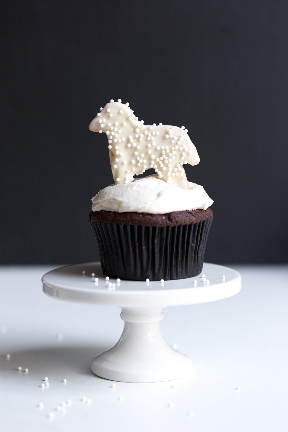 Black and White Animal Cookie Cupcake with Horse