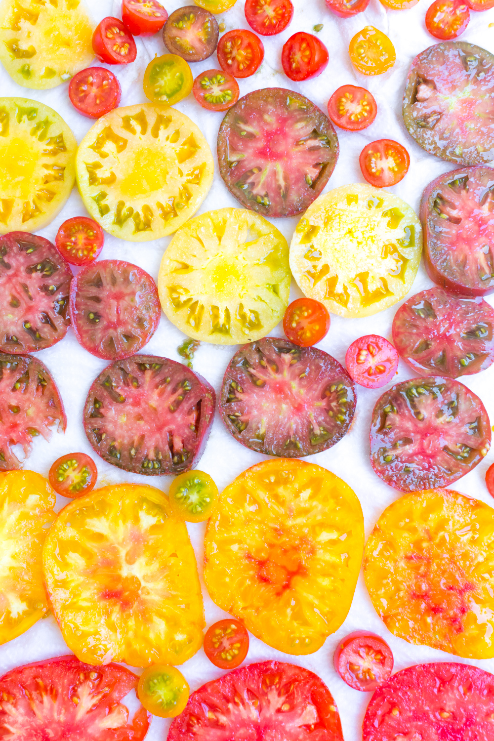 sliced heirloom tomatoes