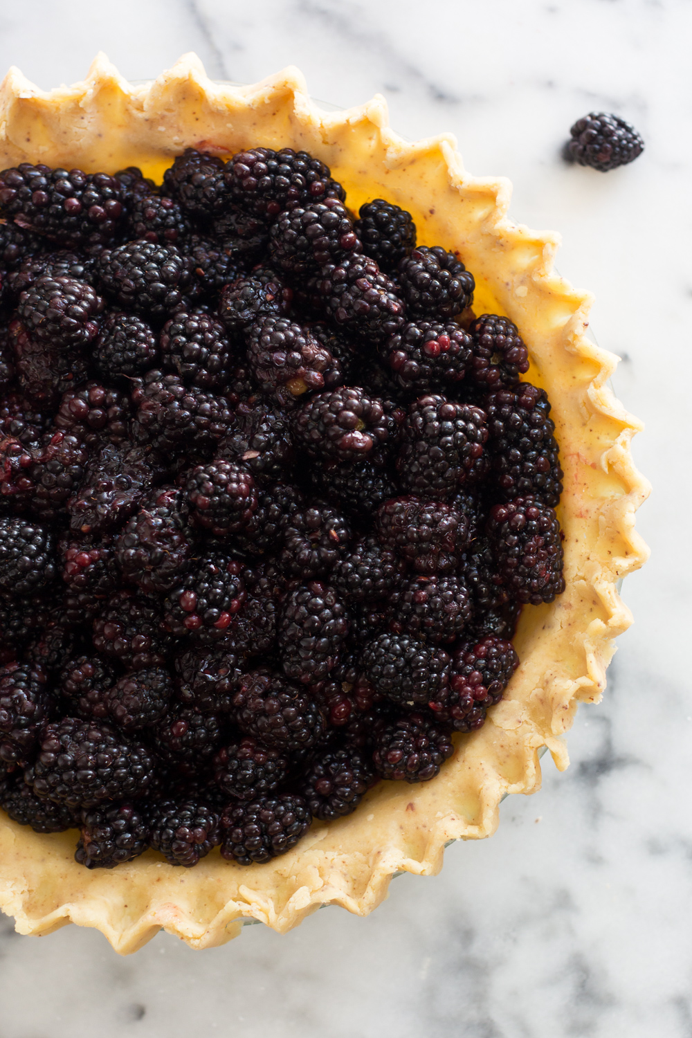 Brown Butter Blackberry Pie shell filled