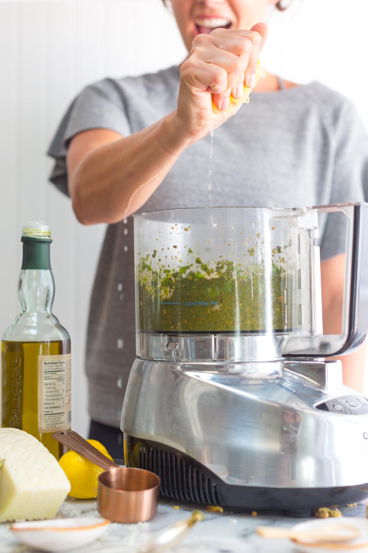 pistachio pesto sauce - add lemon