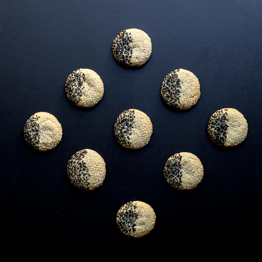 Black & White Tahini Cookies diamond