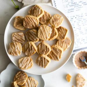 Snickerdoodle Shortbread Cookies